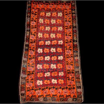 Tapis Gabbeh ancien, Iran, 129 cm x 247 cm, laine nouée main avant le milieu du XXème siècle