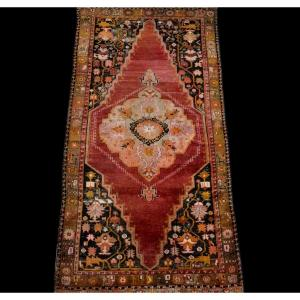 Tapis turc ancien, seconde partie du XIXème siècle, 130 cm x 250 cm, bon état