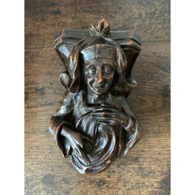 Nice Carved Wooden Corbel, Around 1600