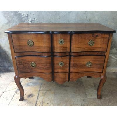 Small Chest Of Drawers In Walnut, 18th Century