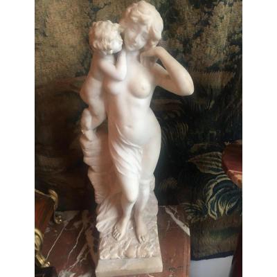 Sculpture En Marbre La Maternité