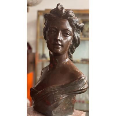 Bust Of Young Woman In Bronze XIX Century