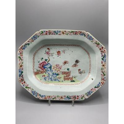 Plat Octogonal  En Porcelaine, Chine, Famille Rose XVIII Siècle, époque Quianlong 1736-1795