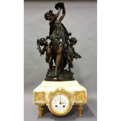 Pendule En Bronze Marbre Mathurin Moreau 19eme Siècle