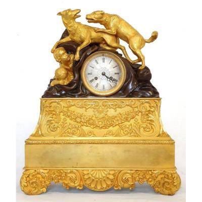 Pendule Charles X Chiens Et Amores Bronze DorÉ 1830