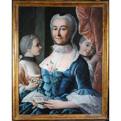 Ecole Française Du XVIIIème, Mère Et Ses Deux Enfants.