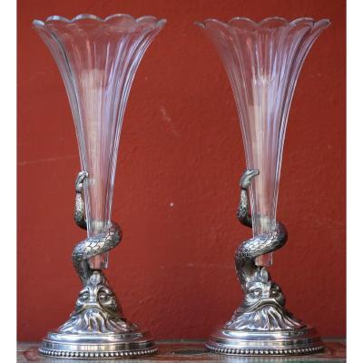Paire De Vases Cornets Aux Dauphins Circa 1880