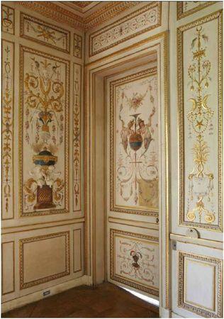 Le mobilier du boudoir turc de l'impératrice Joséphine au ...