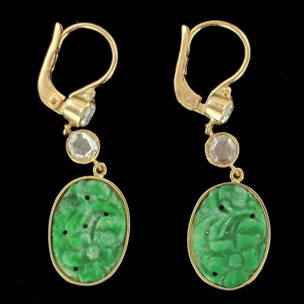 Boucles d'oreilles jade et diamants or Jaune. (c) BAUME, proantic