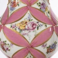 Vase à rocailles, Manufacture royale de porcelaine de Sèvres