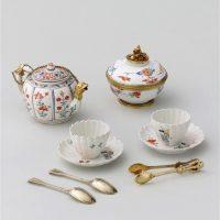 Nécessaire à thé, chocolat et café offert par Louis XV à la reine Marie Leczinska